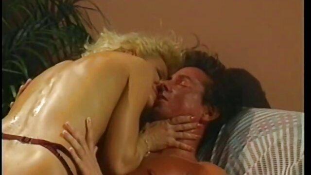 सेक्स कोई पंजीकरण  दो जोड़ों बकवास और ब्लू सेक्सी फुल मूवी लड़की उन पर हस्तमैथुन