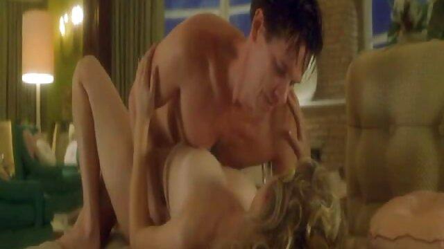 सेक्स कोई पंजीकरण  लड़की फुल सेक्सी मूवी वीडियो में एक गधे के साथ अपने अपराध का जवाब