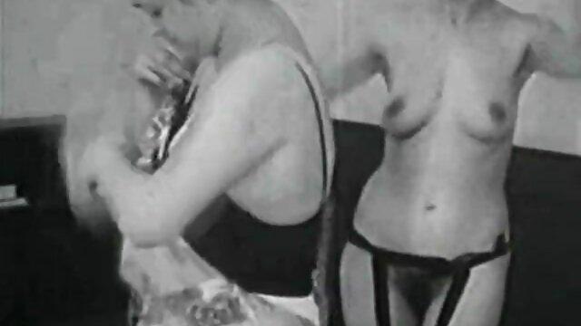 सेक्स कोई पंजीकरण  अकेले घर पर सेक्सी मूवी फुल वीडियो रहने