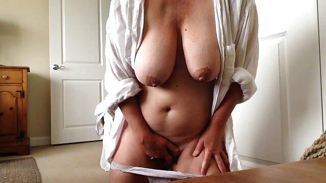 सेक्स कोई पंजीकरण  पैरों से झटका हुआ चिकन और सेक्स फुल सेक्सी हिंदी मूवी का आनंद